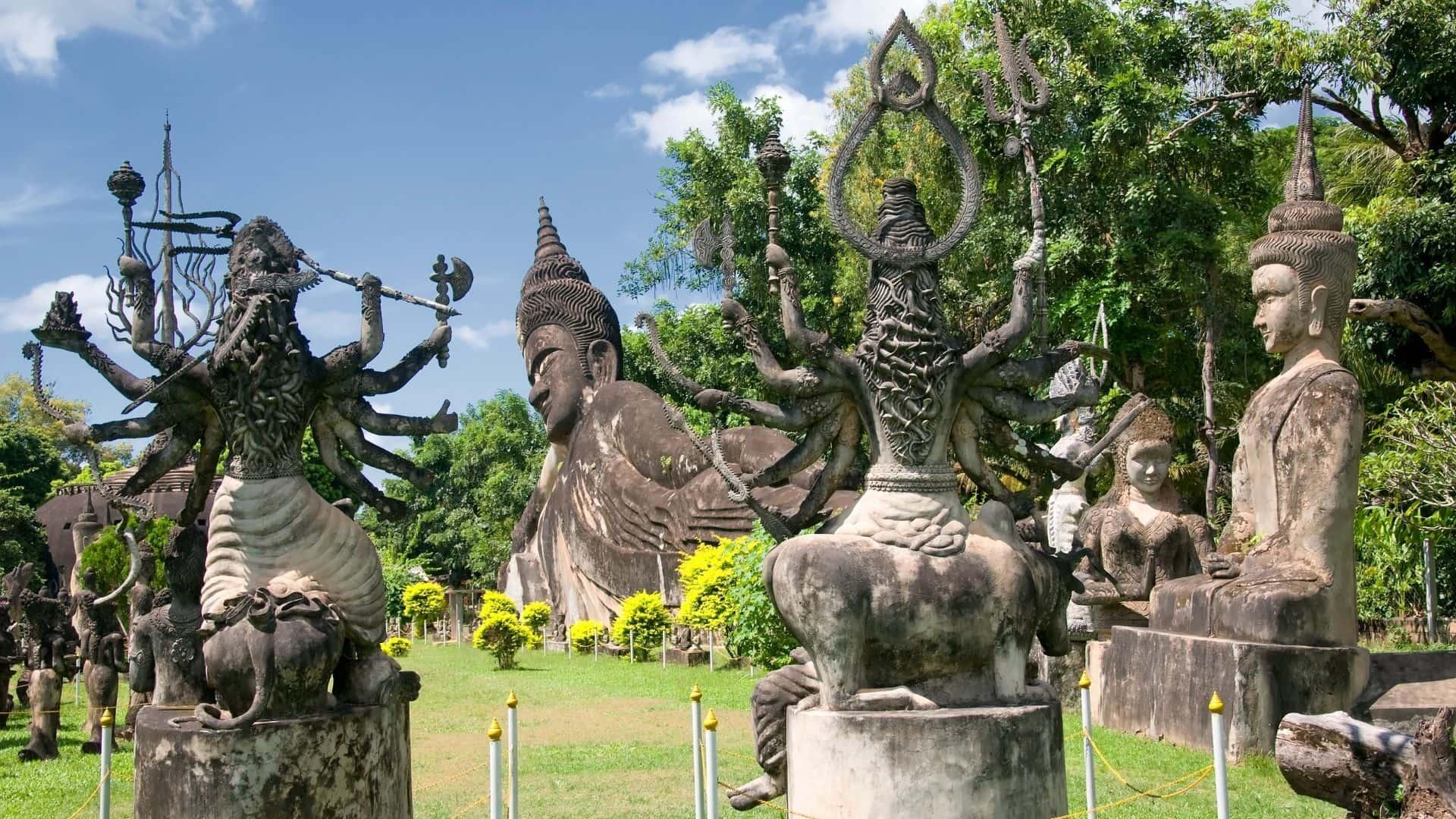 Parque de Buda y el buda recostado