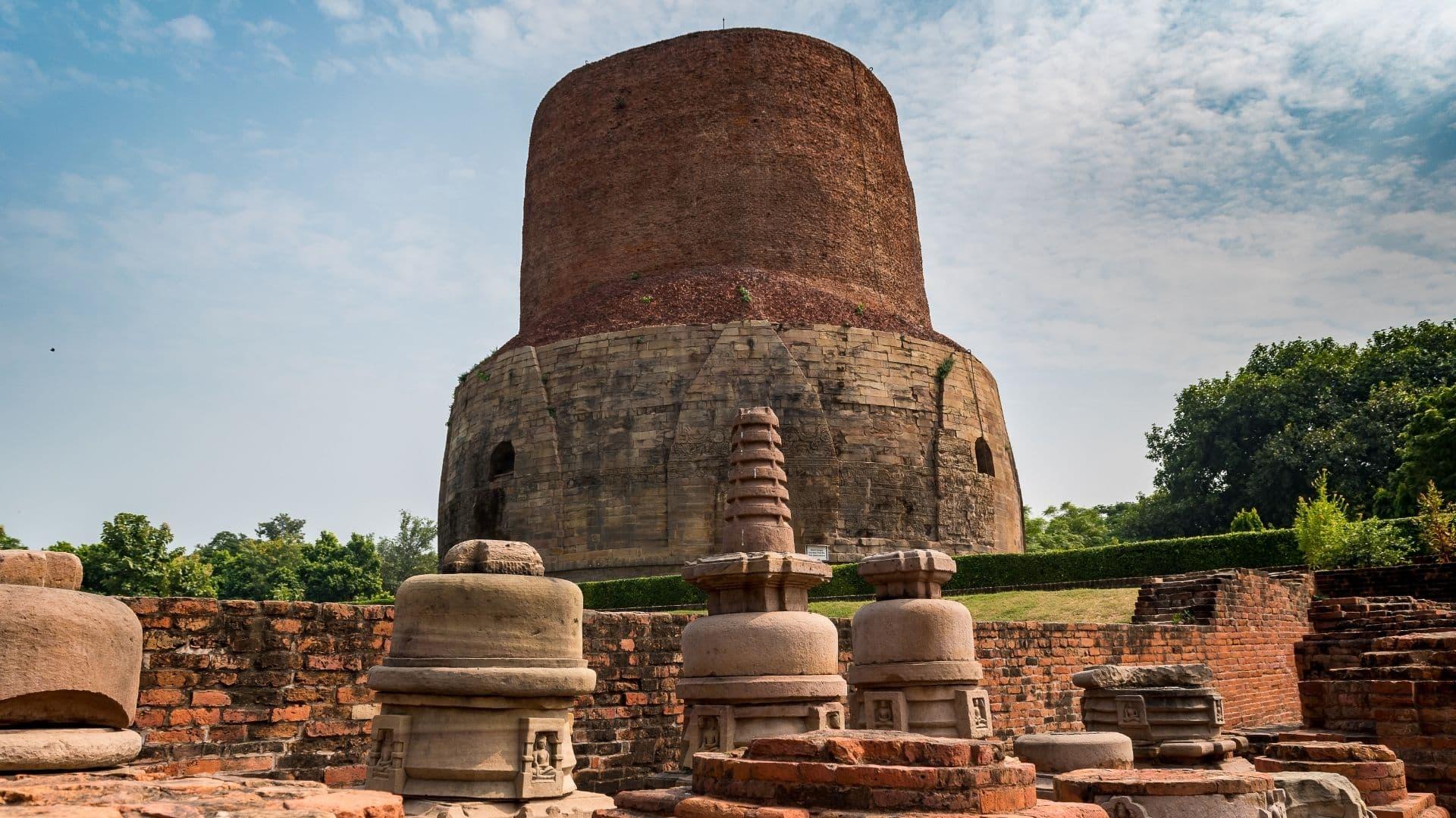 estupa de Dhamek Ahamekh india