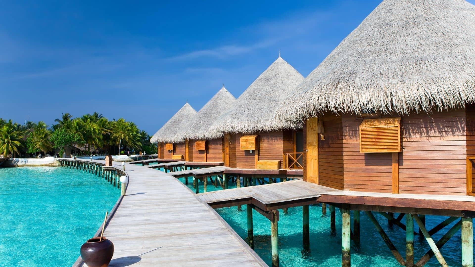 Cuando viajes a Maldivas reserva en los mejores hoteles