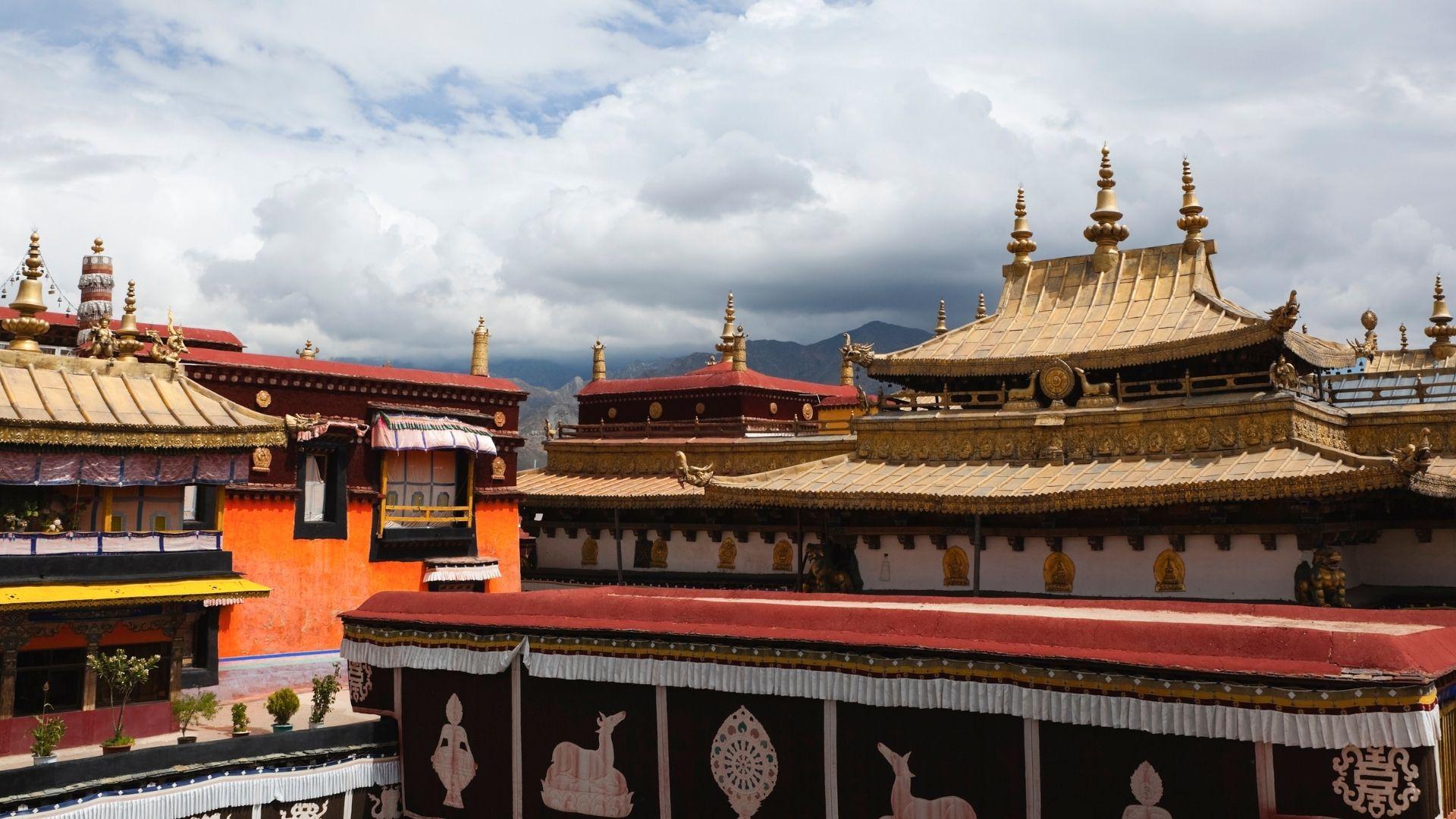 El monasterio de Jokhang Lhasa tibet