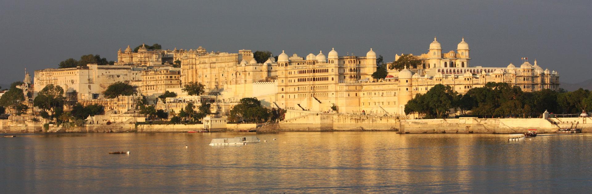 IN India sueña con palacios 15 días 2