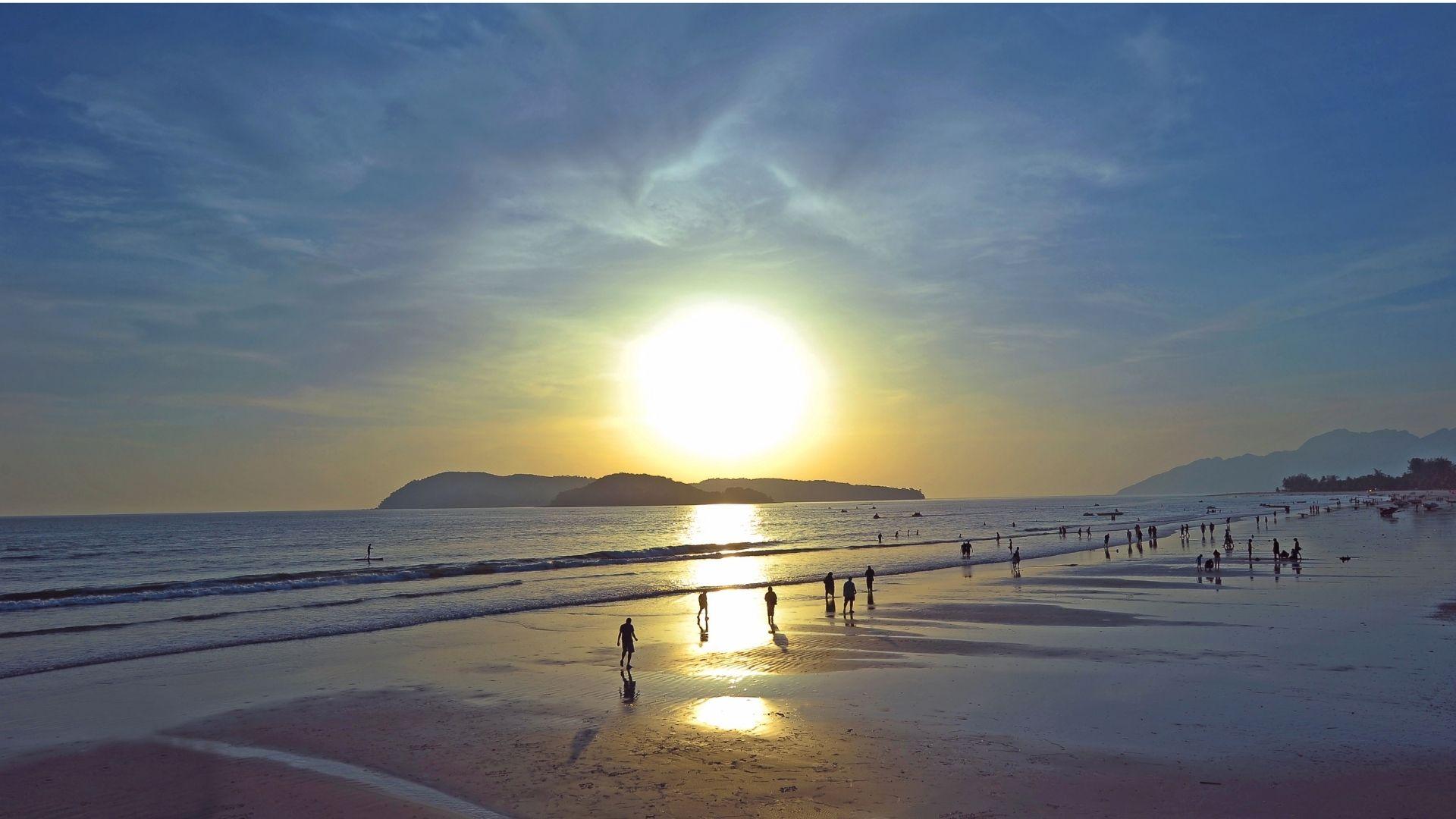 Pantai Cenan es una de la sincreibles palayas de Malasia