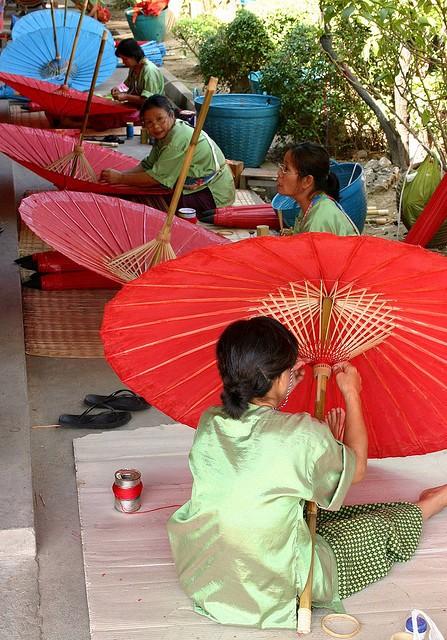 Bo Sang, el pueblo de las sombrillas