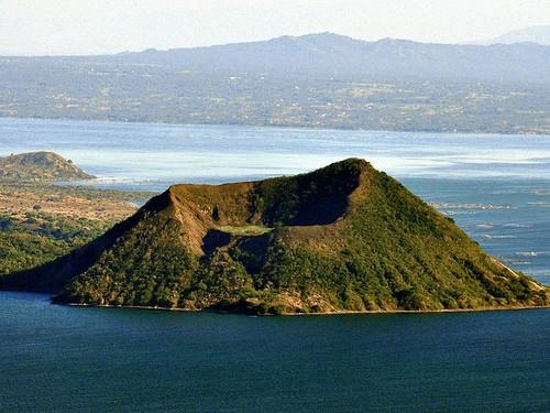 El volcán Taal de Filipinas