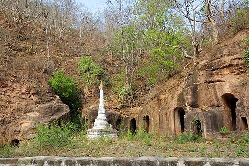 Las cuevas de Powintaung en Myanmar