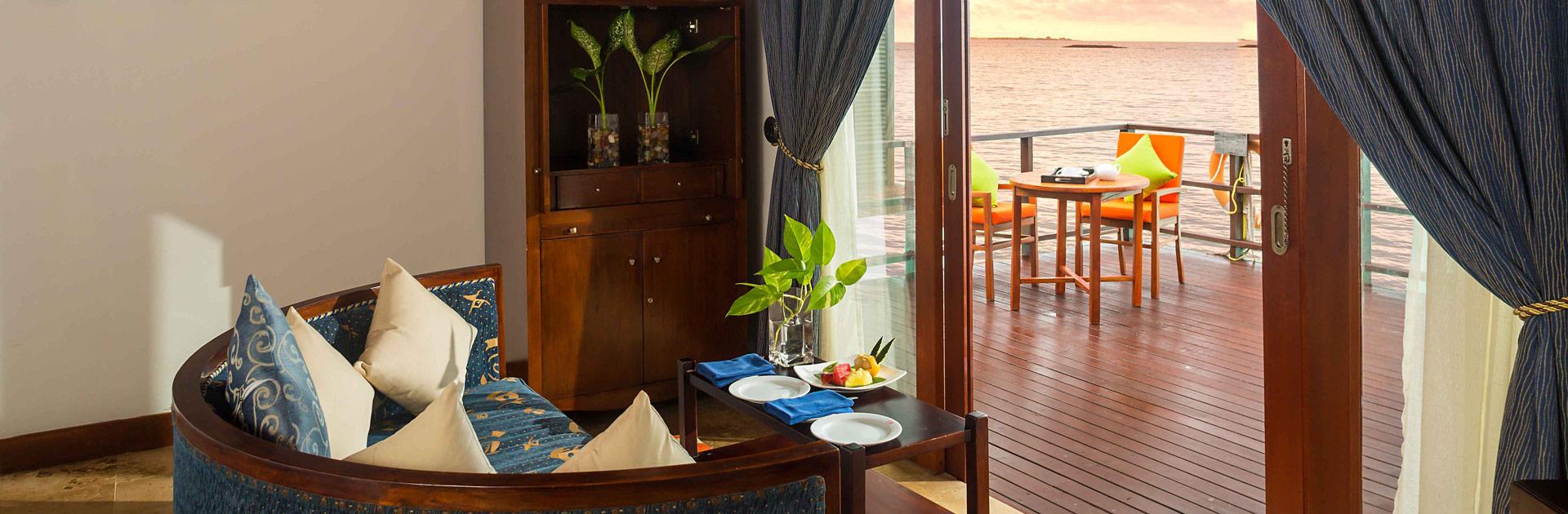 MV Olhuveli Beach AND Spa MaldivesJakuzzi Water Villa Bedroom2