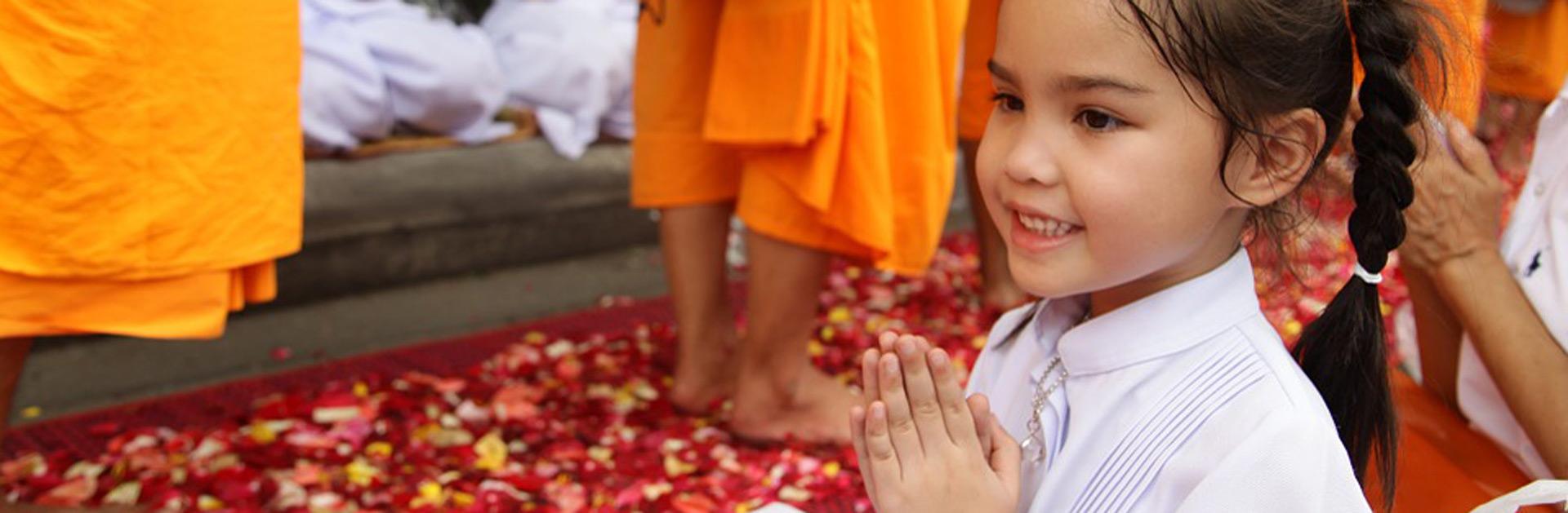 TH Tailandia Familia con Koh Samui Pray 462456 960 720
