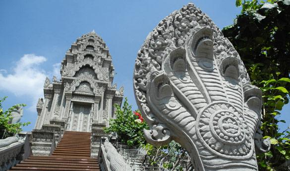 Phom Penh Wat Ounalom