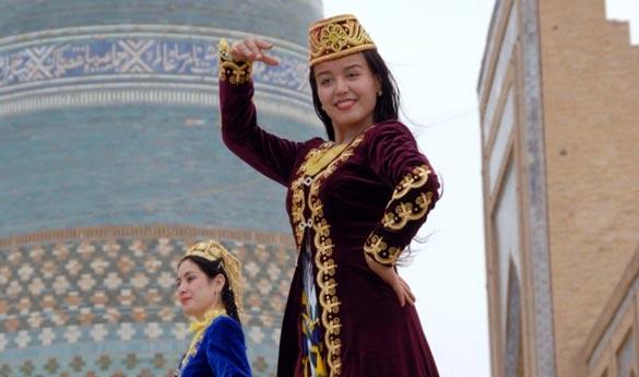 Contrata tu viaje organizadoa uzbekista con destinos asiaticos