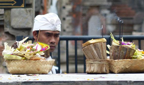 Conoce las costumbres de Bali en tu viaje a Indonesia