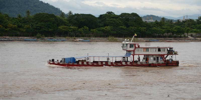 Paseo en barco por Chiang Rai