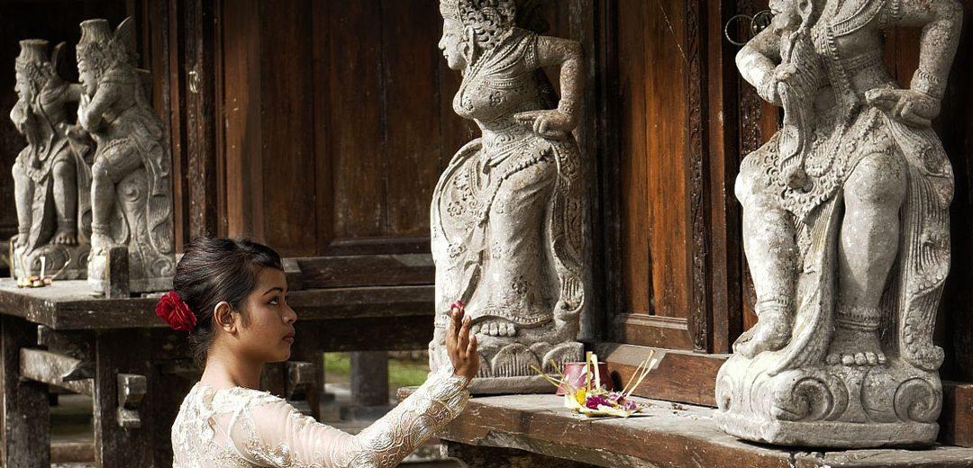 Qué ver en Indonesia: descubre los ritos y templos