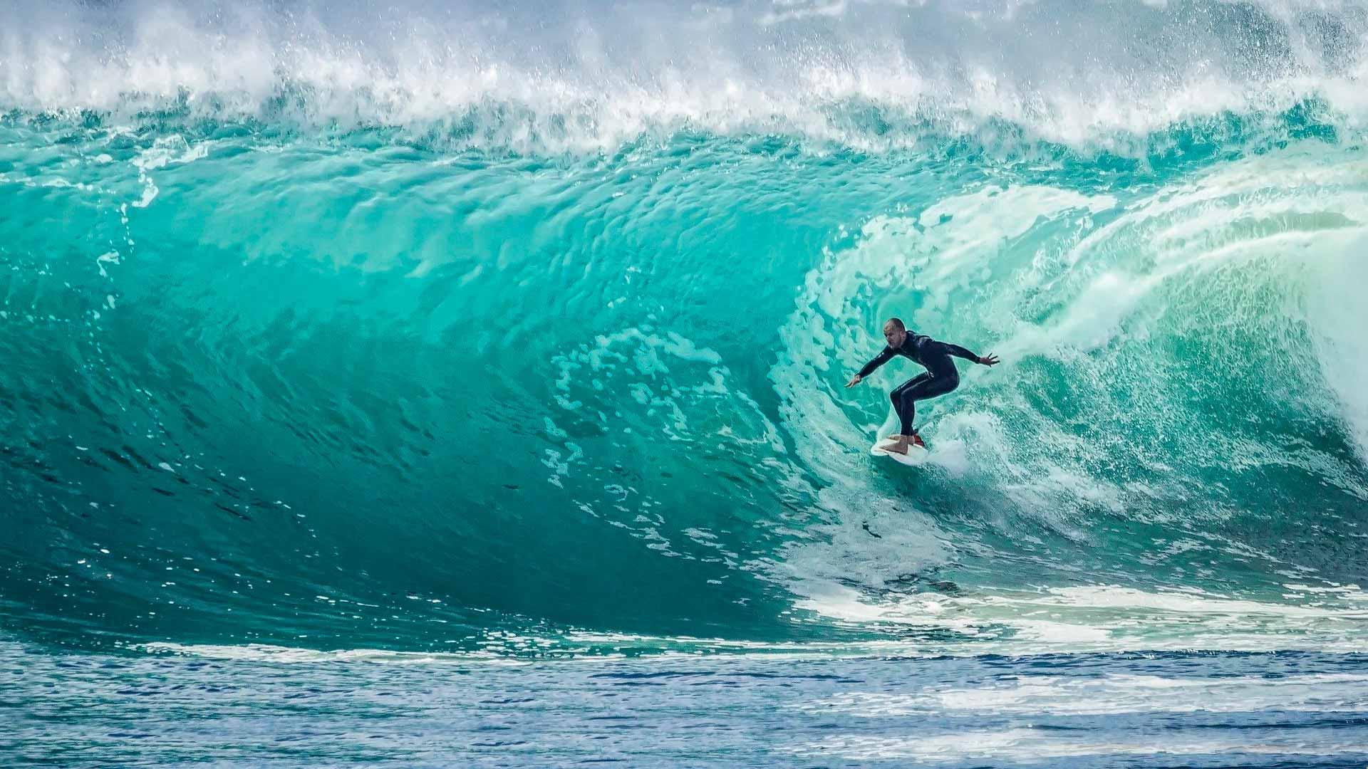 La playa de Ahangama, ideal para los que desean hacer surf
